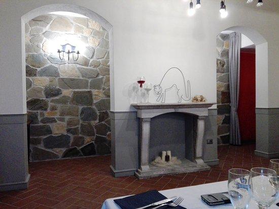Castel Ritaldi, Italia: IMG_20171010_222414_large.jpg