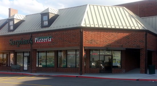 Bloomingdale, IL: front of & entrance to Sarpino's Pizzeria