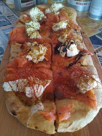Ristorante Pizzeria La terrazza dei Grue, Castelli - Restaurant ...