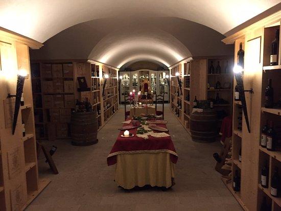Villa Orso Grigio: La Cantina