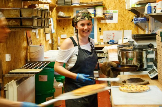 Ardelve, UK: Here is Jo making Pizza.  Great Pizza in fact ! :-)