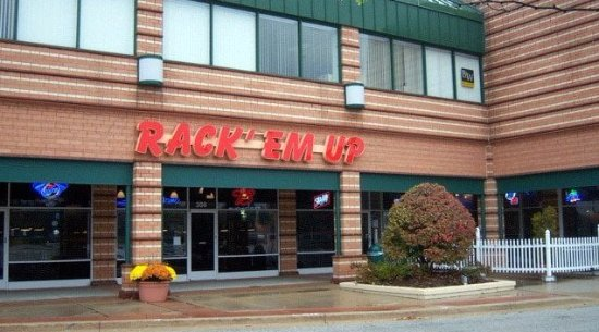Buffalo Grove, IL: front of & entrance to Rack Em Up