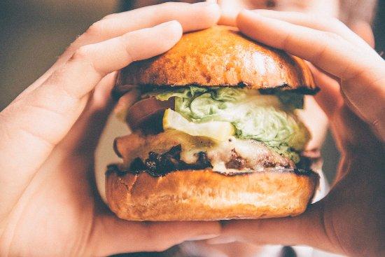 Cosgrove, UK: House Burger