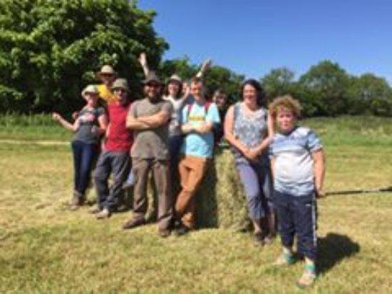 Uley, UK: Treasure Hunters