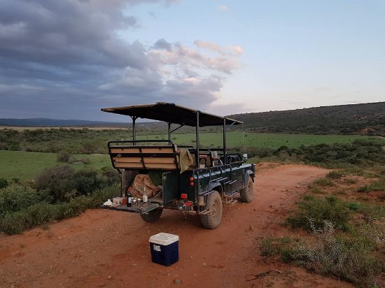 Amakhala Game Reserve, South Africa: ready to take a sundowner