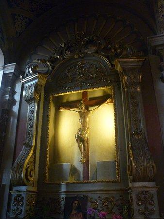 Chiesa Parrocchiale di San Lorenzo: il crocefisso ligneo