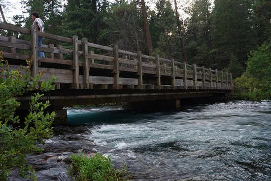 Camp Sherman, OR: Fish Hatchery bridge over the Metolius River