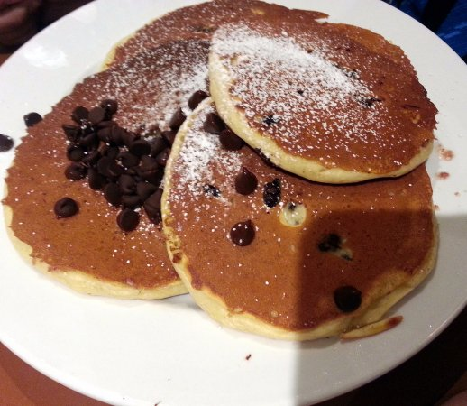 Elmhurst, IL: chocolate chip pancakes
