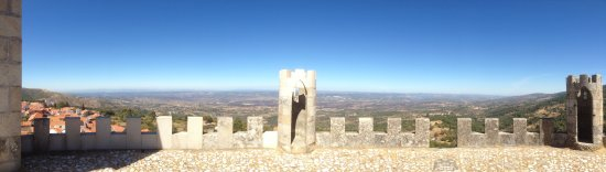 Gouveia, Portugal: Panorâmica do Castelo de Folgosinho