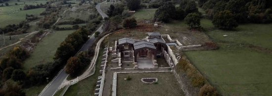 Altipiani di Arcinazzo, Włochy: foto aerea della villa di traiano