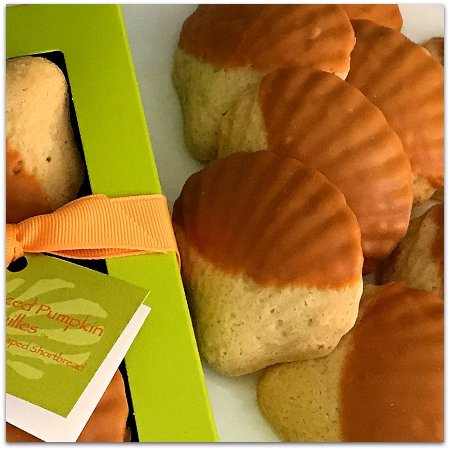 Darien, GA: Pumpkin Spice Shortbread Coquilles