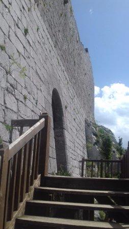 Montsegur, Francja: Enterance