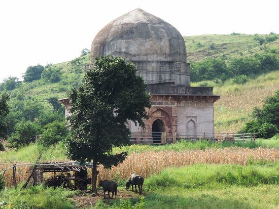 Mandu, Ινδία: Andha Andhi ka mahal