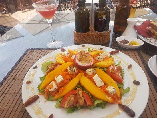 Cafe dos Macarones: Salad