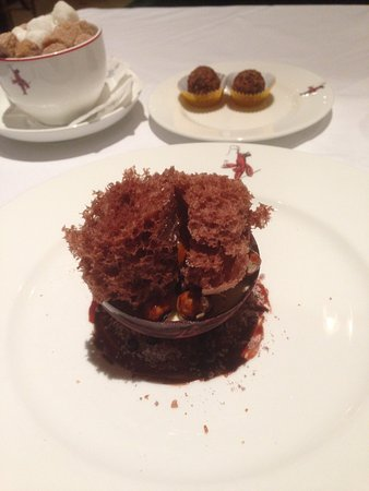 Wiltons: Chocolate Cup