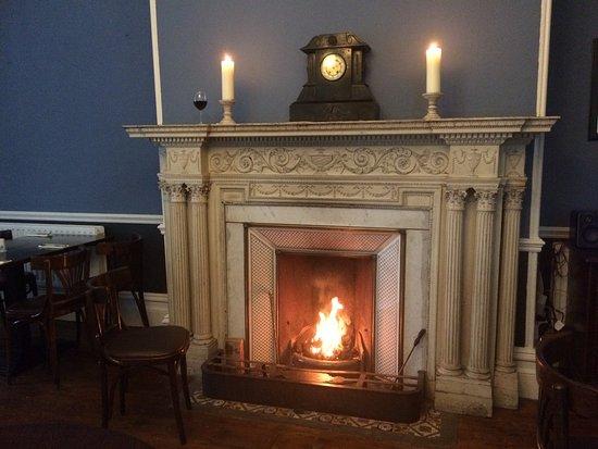 Ачилл-Айленд, Ирландия: Fireplace