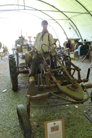 Salviac, France : scene de la vie agricole