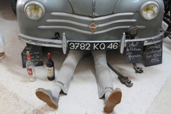 Salviac, France : des mises en scene avec humour