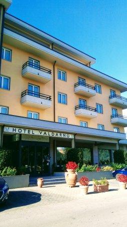 Hotel Valdarno: IMG-bdc6d3a9f5b24f0c508c88884774b1c9-V_large.jpg