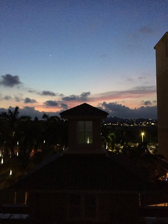 Marriott's Aruba Surf Club: View from one of our balconies