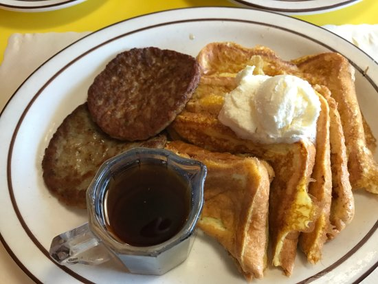 Garrison, MN: French Toast Breakfast