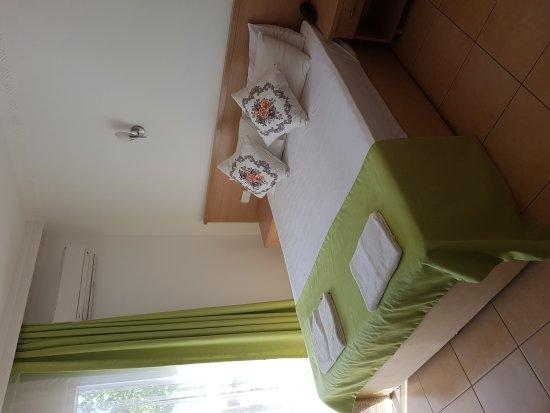 Taner Hotel: 20171009_114033_large.jpg