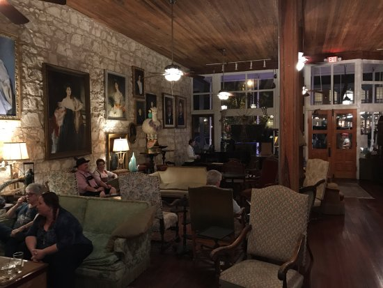 Fredericksburg, TX: Inside the bar (with piano player)