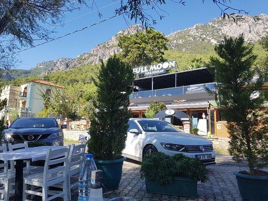 Orfoz Restaurant: Giriş