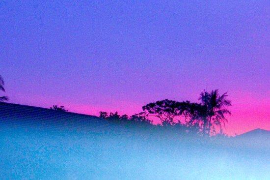 Embudu Village: Sunset as seen while swimming