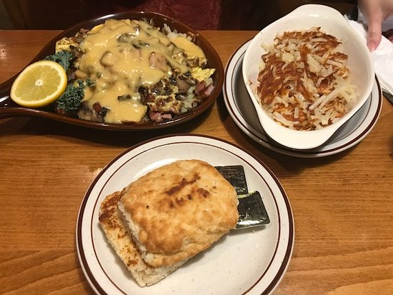 Shawano, WI: Skillet meals (with extra hash browns)