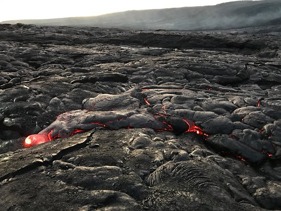 Pahoa, Hawái: What a great trip to the lava fields with Kui!  Numerous flows and we were able to get as close
