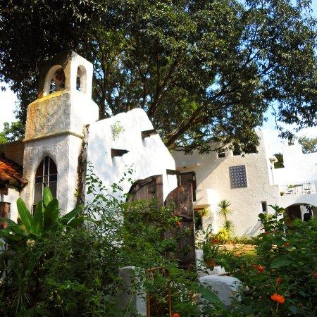 Pinto Art Museum: A chapel