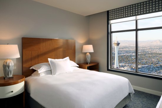 Excellent Three Bedroom Suite Guest Bedroom Picture Of Hilton Grand Download Free Architecture Designs Boapuretrmadebymaigaardcom