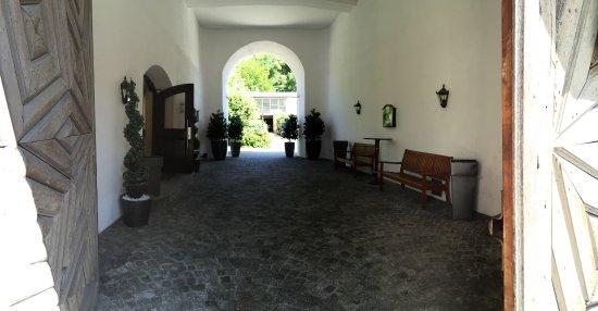 Ismaning, Germany: Jans Bistro Eingangsbereich