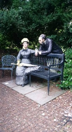 Hamilton, Nueva Jersey: These are examples of the real life sculptures that I liked