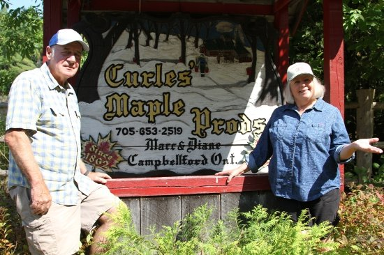 Campbellford, แคนาดา: Our Family Welcomes yours.