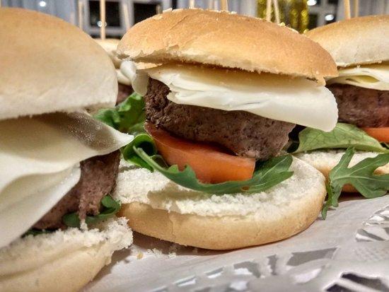 Lloseta, España: Mini hamburguesa