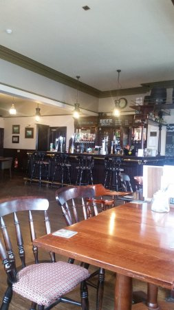 The Waterford Arms: relaxed pub atmosphere