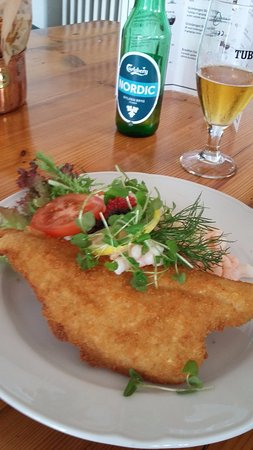 Hoejby, Denmark: Fresh fish with prawn salad and low alcohol beer.