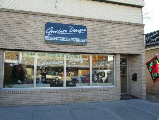 แซลมอน, ไอดาโฮ: Store Frontage at 525 Main Street, Salmon, ID