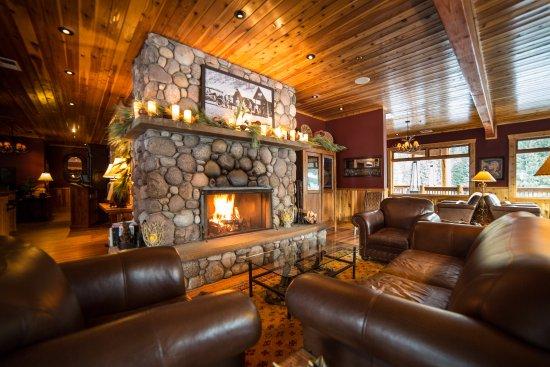 Rainbow Ranch Lodge Restaurant: Lounge