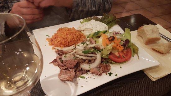 Sittensen, Allemagne : Kinderteller: Gyros, Reis, Tzaziki, Salat