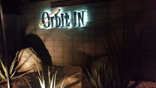 Orbit In: Low key, classic Palm Springs vibe