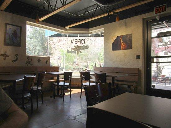 Cafe Soleil: Interior