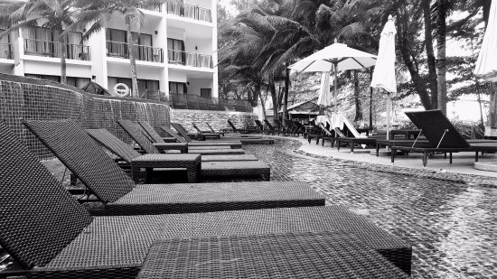 Holiday Inn Resort Phuket Mai Khao Beach Photo