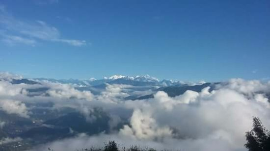 Kalimpong District, Ινδία: Mt. Kanchenjunga ...view from 16th mile on the way to gangtok