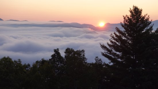 Snowbird Mountain Lodge: Sunrise at Sunrise Point