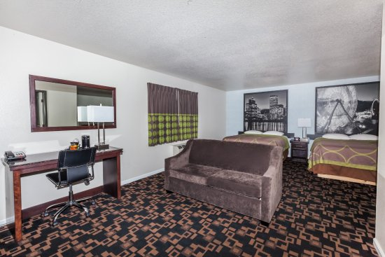 Springfield, OR: Double Suite