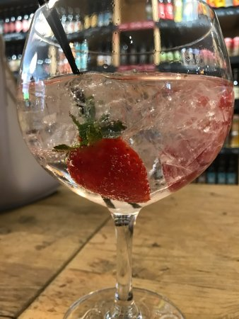 Knutsford, UK: Great Gin!