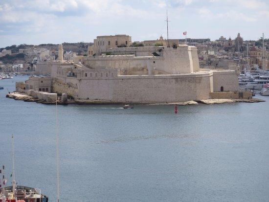 Birgu (Vittoriosa), Malta: Fort Saint Angelo from Valletta. Views from the fort are fabulous.